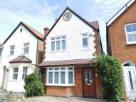 5 bedroom house in Thornhill Road, Surbiton...