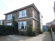 3 bedroom house in Portsmouth Road...
