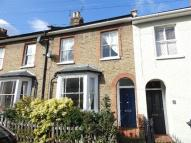 3 bedroom property in Minniedale, Surbiton, KT5