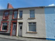 3 bedroom Terraced house in Elm Street, Aberbargoed...