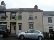 2 bedroom Terraced house in Garth Street, Pontlottyn...