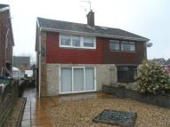 3 bed semi detached property for sale in Meadow Walk...