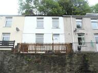 2 bedroom Terraced property in Commercial Road...