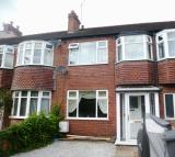 3 bed property in MOTTRAM ROAD, HYDE, SK14