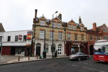 Flat to rent in High Street, Barnet