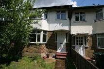 3 bedroom Terraced house in Barnet Lane, Barnet