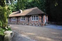 Detached Bungalow to rent in Oak Hill, Bursledon, SO31
