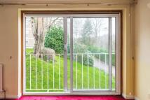 Flat for sale in Haslemere