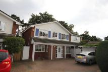 4 bedroom Detached property to rent in Freemans Close...