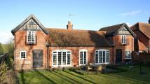 4 bedroom Detached property to rent in Hill Farm Lane...