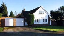 3 bed Detached property in Linden Drive...