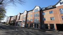 Apartment to rent in Oak End Way...