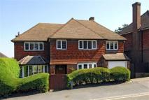 4 bed Detached house in Pewley Way, Guildford...