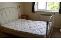 2 bedroom Flat in Meadowcroft, Gillingham