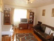2 bedroom Apartment in Nimrod Close, Northolt