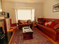 5 bedroom Detached house in Middle Crescent, Denham...