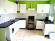 4 bed Terraced home to rent in Frays Waye, Uxbridge
