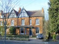 6 bed semi detached property in 78 Featherstone Road...