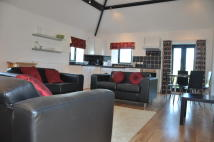 Barn Conversion to rent in Willow...