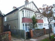 1 bed Ground Flat to rent in Westcliff Drive...