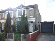 2 bed Flat to rent in Cromer Road...