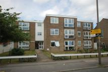 Flat to rent in River Lodge, London Road...
