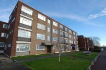 2 bed Flat in London Road, LEIGH-ON-SEA