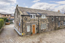 3 bedroom End of Terrace home to rent in GUISELEY