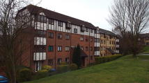 Ground Flat to rent in Kerr Close, Knebworth...