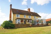 5 bed Detached home to rent in The Broadway...