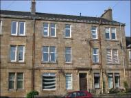 Flat to rent in JANEFIELD PLACE, Beith...