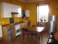 Flat to rent in Broughton Street...