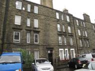 Flat to rent in ALBION TERRACE, EH7 5QX