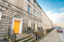 2 bed Flat to rent in CLARENCE STREET...