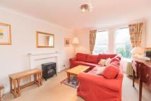 ST BERNARD S CRESCENT Flat to rent