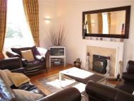 Flat in OSWALD ROAD, EH9 2HF