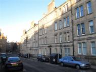 Flat to rent in COMELY BANK ROW...