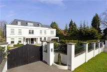7 bed Detached home for sale in Beech Hill, Barnet, EN4
