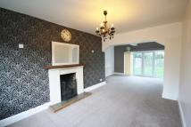 4 bedroom Detached house in Grange Avenue...