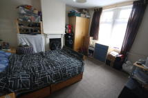 End of Terrace house to rent in Knighton Fields Road...