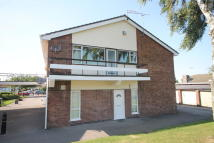 2 bed Flat in Cherry Tree Court...