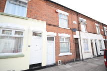 2 bed Terraced home to rent in Hawthorne Street...