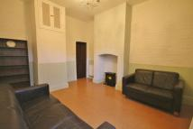 2 bedroom Flat to rent in Abingdon Road, Leicester