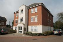 Flat to rent in Tobermory Close, Slough