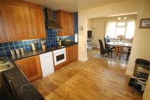 3 bed Detached Bungalow in Hillingdon, Middx