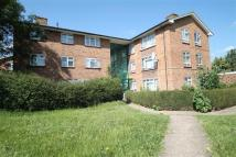 3 bed Flat for sale in Uxbridge, Middlesex
