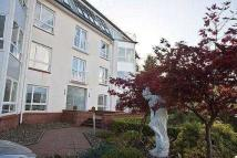 3 bedroom Flat in Levan Wood, Farm Road...