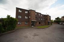 2 bed Flat in Whitchurch Lane...
