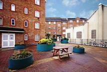 2 bedroom Apartment in Church Road, London...
