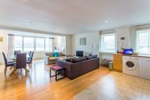 William Morris Way Flat to rent